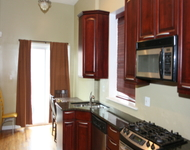 3 Bedrooms, Grand Boulevard Rental in Chicago, IL for $1,900 - Photo 1