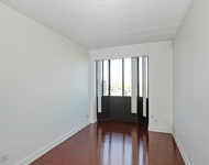 2 Bedrooms, Groveland Park Rental in Chicago, IL for $1,400 - Photo 1