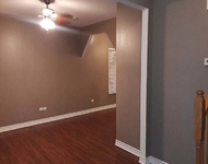 3 Bedrooms, Calumet Rental in Chicago, IL for $1,250 - Photo 1