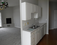 2 Bedrooms, St. Charles Rental in Chicago, IL for $1,650 - Photo 1