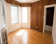 3BR at 5411 S Ellis Ave - Photo 1