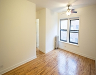 Studio at 4726 S Woodlawn Ave - Photo 1