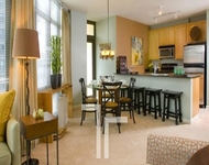 2 Bedrooms, Fulton River District Rental in Chicago, IL for $3,277 - Photo 1