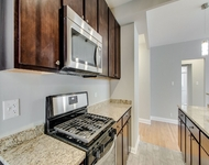 2 Bedrooms, Hyde Park Rental in Chicago, IL for $1,740 - Photo 1