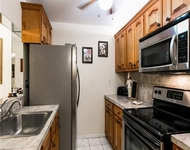 2 Bedrooms, Royal Land Rental in Miami, FL for $1,325 - Photo 1