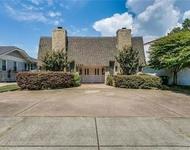 2 Bedrooms, North Hi Mount Rental in Dallas for $1,750 - Photo 1