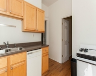 3 Bedrooms, Lakeview Rental in Chicago, IL for $2,200 - Photo 1