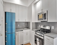 3 Bedrooms, Jackson Heights Rental in NYC for $2,895 - Photo 1