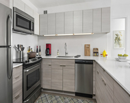 1 Bedroom, Gold Coast Rental in Chicago, IL for $2,340 - Photo 1