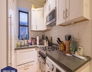3 Bedrooms, Hell's Kitchen Rental in NYC for $4,983 - Photo 1