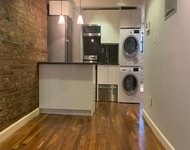 3 Bedrooms, Little Italy Rental in NYC for $2,854 - Photo 1