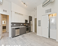 2 Bedrooms, Ravenswood Rental in Chicago, IL for $2,495 - Photo 1