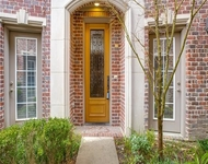2 Bedrooms, Ross Avenue Brownstones Rental in Dallas for $2,650 - Photo 1