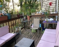 2 Bedrooms, Greenpoint Rental in NYC for $4,400 - Photo 1