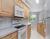 2 Bedrooms, Parc Court Condominiums Rental in Miami, FL for $2,000 - Photo 1