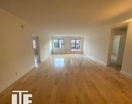 2 Bedrooms, Hell's Kitchen Rental in NYC for $3,395 - Photo 1