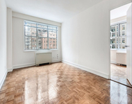 Studio, Theater District Rental in NYC for $1,667 - Photo 1