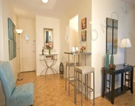2 Bedrooms, Gramercy Park Rental in NYC for $3,150 - Photo 2