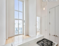 1 Bedroom, Greenpoint Rental in NYC for $3,384 - Photo 1
