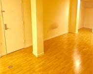 3 Bedrooms, Astoria Rental in NYC for $2,995 - Photo 1