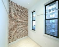 3 Bedrooms, Hell's Kitchen Rental in NYC for $3,950 - Photo 2