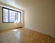 2 Bedrooms, Chelsea Rental in NYC for $3,195 - Photo 2