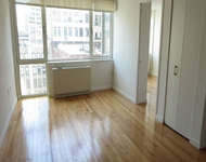 3 Bedrooms, Garment District Rental in NYC for $5,295 - Photo 2