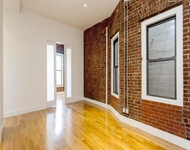 5 Bedrooms, Hudson Square Rental in NYC for $10,149 - Photo 1