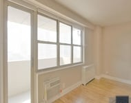 2 Bedrooms, Tribeca Rental in NYC for $5,328 - Photo 2
