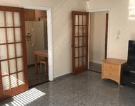 4 Bedrooms, Astoria Rental in NYC for $2,900 - Photo 1