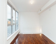 3 Bedrooms, Greenpoint Rental in NYC for $2,841 - Photo 1