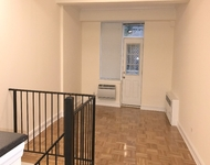 2 Bedrooms, Chelsea Rental in NYC for $4,575 - Photo 1