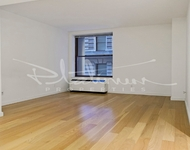 Studio, St. George Rental in NYC for $2,887 - Photo 2