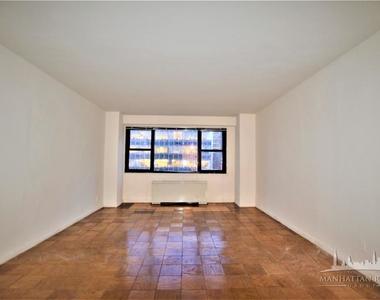 300 West 55th Street, New York, NY 10019