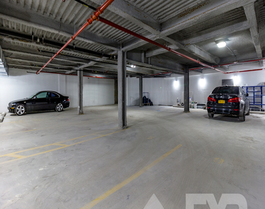 8 Fairview Place - Photo Thumbnail 10