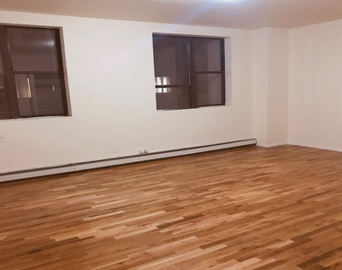 274 Willoughby Avenue - Photo Thumbnail 5