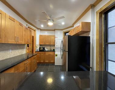 404 8th Avenue - Photo Thumbnail 1