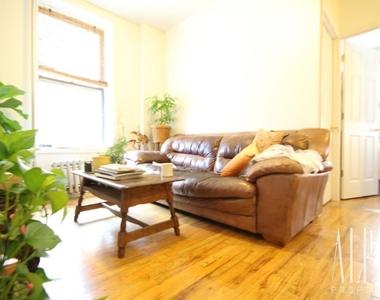 753 East 6th Street - Photo Thumbnail 0