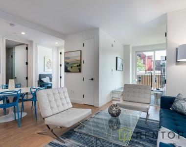 822 Lexington Avenue - Photo Thumbnail 4