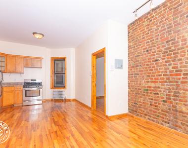 126 Graham Avenue - Photo Thumbnail 1