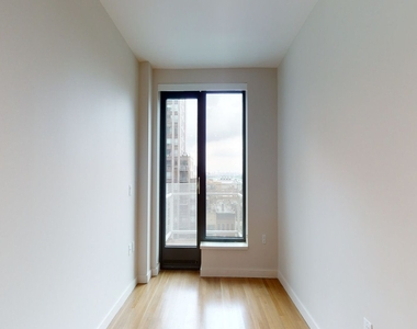 515 East 86th Street - Photo Thumbnail 0