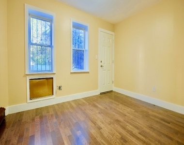 1675 Sterling Place - Photo Thumbnail 8