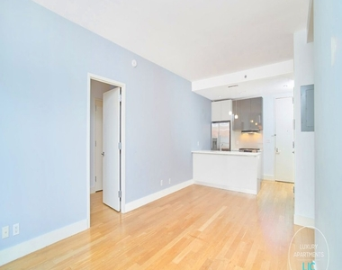 2-26 50th Avenue, The Yard Condominium - Photo Thumbnail 3