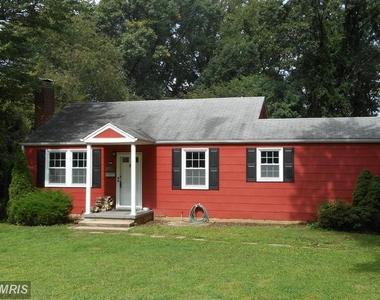 7826 Ridgewood Drive, Annandale, Virginia 22003