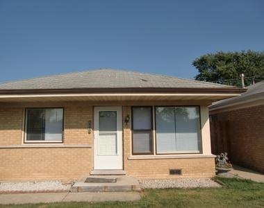 8607 Major Avenue, Burbank, Illinois 60459