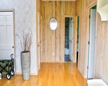 269 West Walk - Photo Thumbnail 23