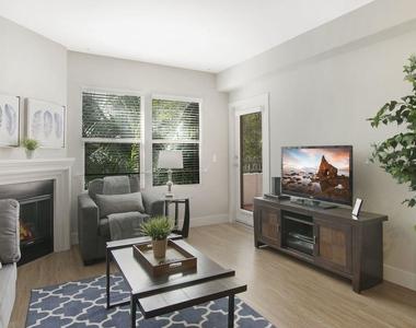 1060 S Glendon Ave - Photo Thumbnail 1