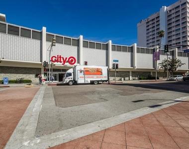 1060 S Glendon Ave - Photo Thumbnail 33