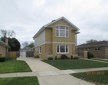 8717 North Ozanam Avenue, Niles, Illinois 60714