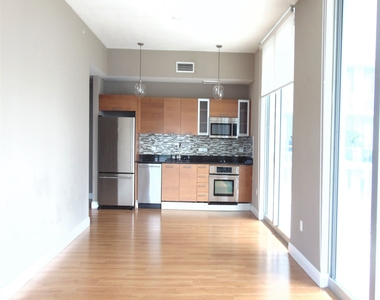 3470 E Coast Ave - Photo Thumbnail 4